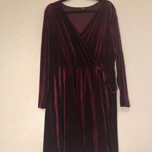 Velvet Long-Sleeved Dress